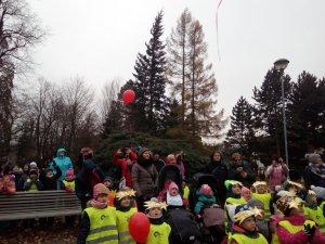 VV - zdobení stromečku - začíná advent - prosinec 2018